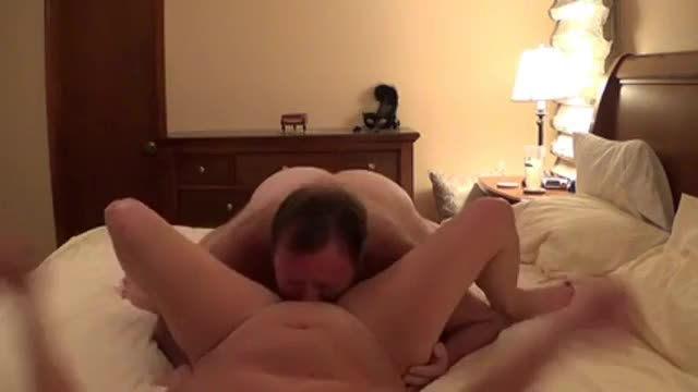 Daddy bear with fat cock cumming